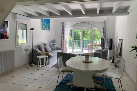 SPACIOUS APARTMENT - NEAR BEACH IN ANGLET