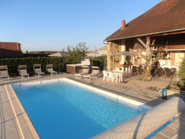 House 15p, warmed private pool, spa, near Chablis - Roffey - Rumah