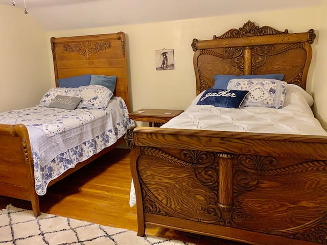 Full beds- upstairs