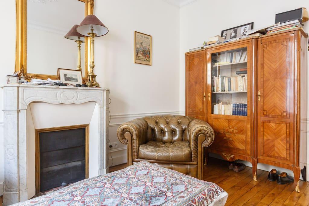 Nice flat in Montmartre