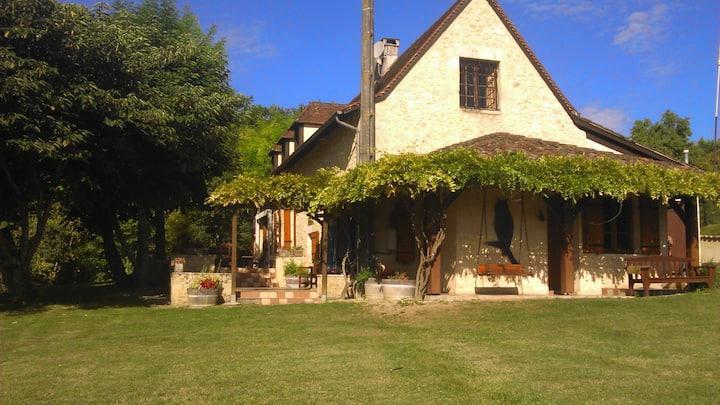 Maison du Roc au milieu des vignes, 6 personnes