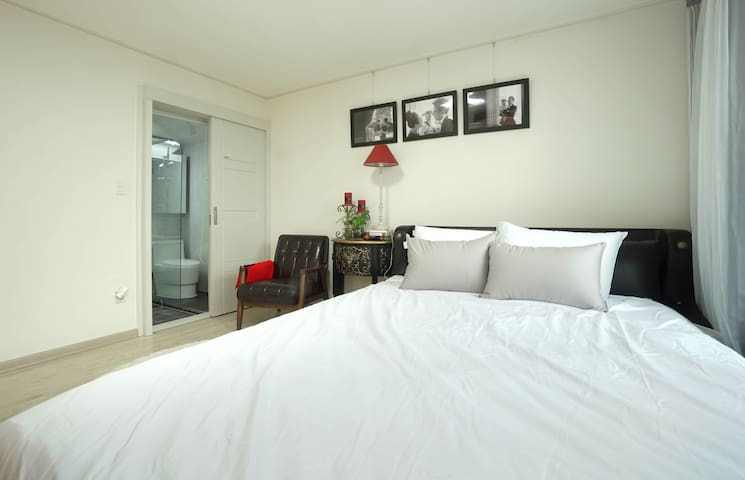 [Sugar#1]Private Room w/Bath, 5min Metro&Egg Wifi - Yangcheon-gu