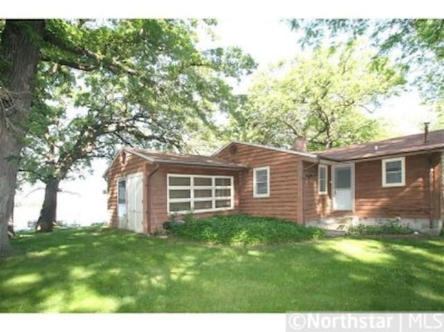 Five Oaks Cottage on Sugar Lake - Clearwater - Huis