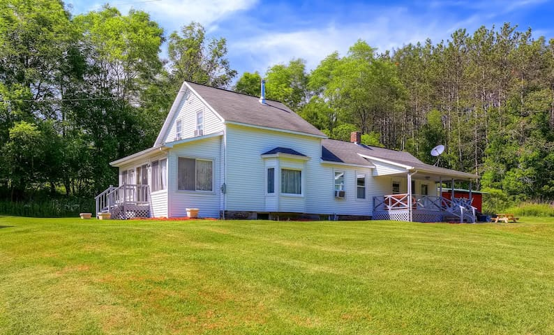 3BR Home By Cooperstown All Star Village Baseball