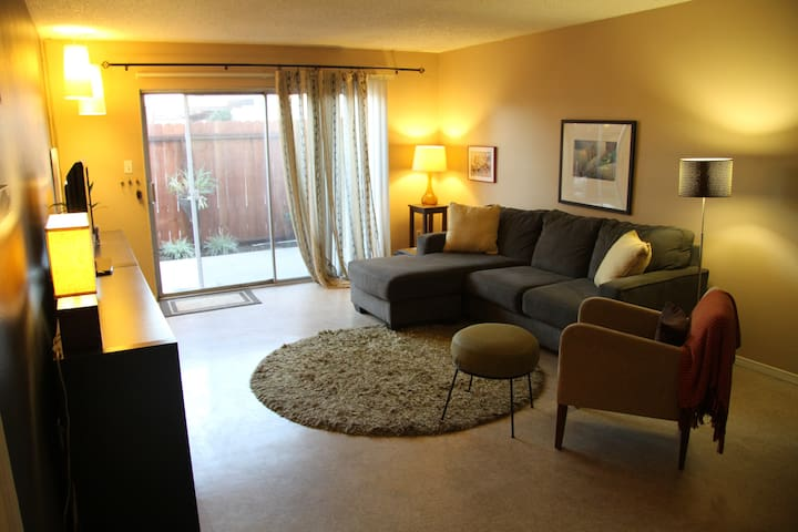 Comfortable Apartment, Near the Beach & Freeways - Huntington Beach - Daire