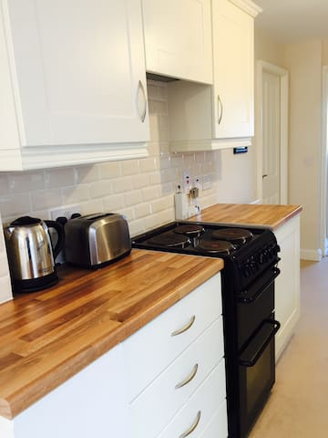 Cozy double room with very good transport links. - Lisburn - Casa