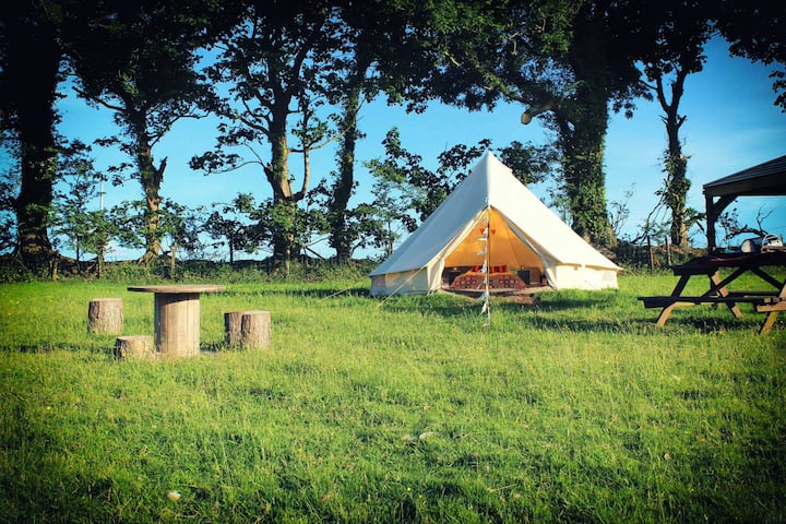 Hippie Hippie Shake Bell Tent - Hang Out Zone