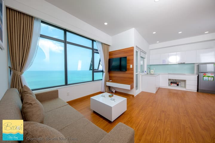 Modern Seaview Apartment with two bedrooms