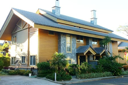 Cabin Home -26A (5BR/13-15 pax) - Baguio