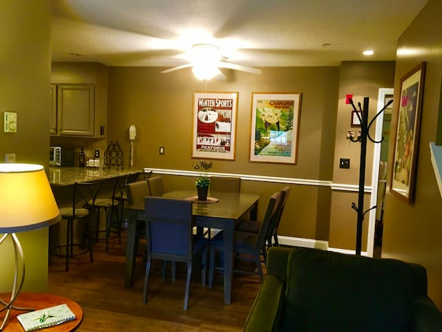 Dining area with expanding table