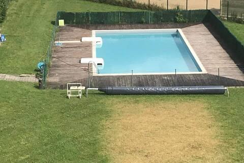 Appartement moderne avec piscine à 100m du lac