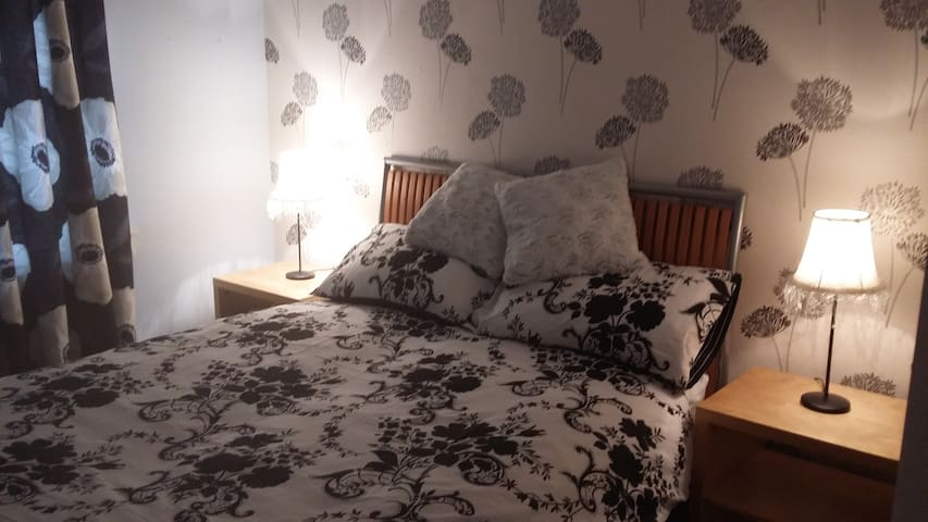 Lovely double room in central location