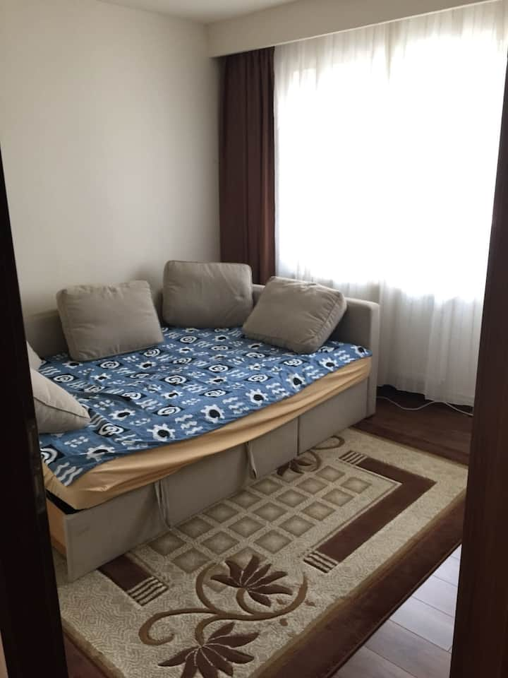 UNTOLD! Relaxing room 30 minutes (walk) away