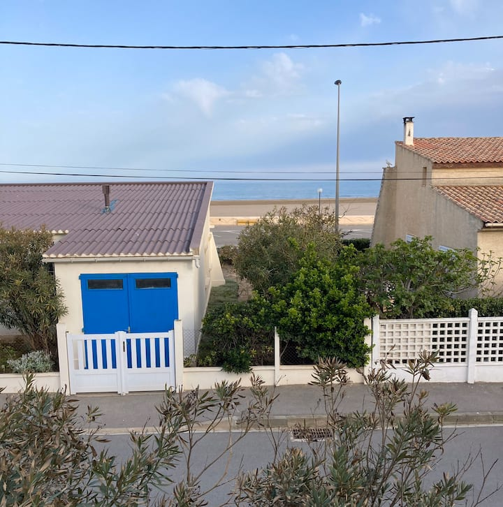 Charmant T2 direct plage et vue sur mer !