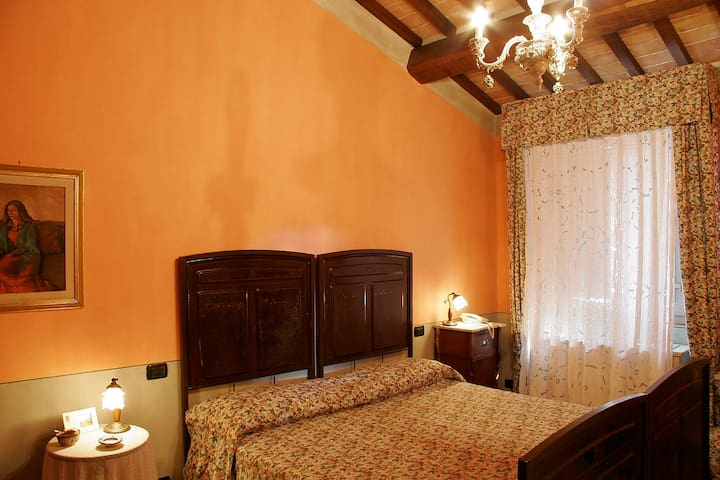Apartment nestled in the hills: - Montepulciano - Apartment