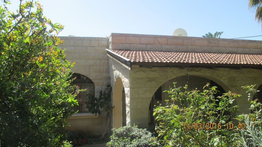 Beautiful House in the Moshava - Zikhron Ya'akov - House
