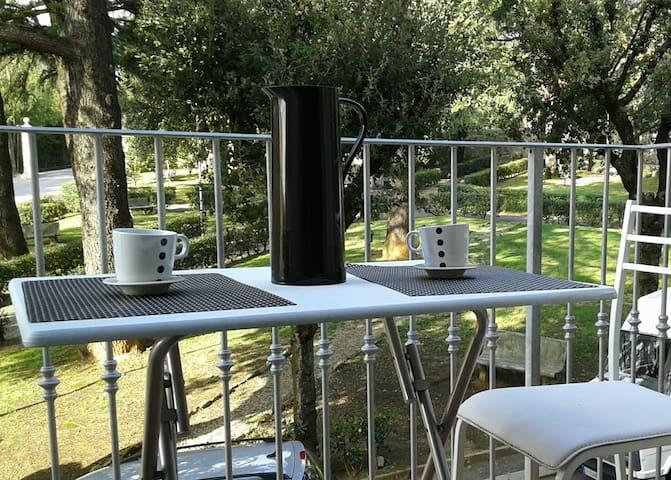 CASA DELLE TERME IN PIAZZA - Monsummano Terme - アパート