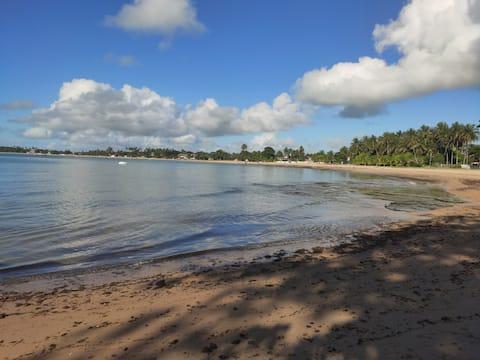 Casa na Praia de Aratuba, Vera Cruz, Bahia.