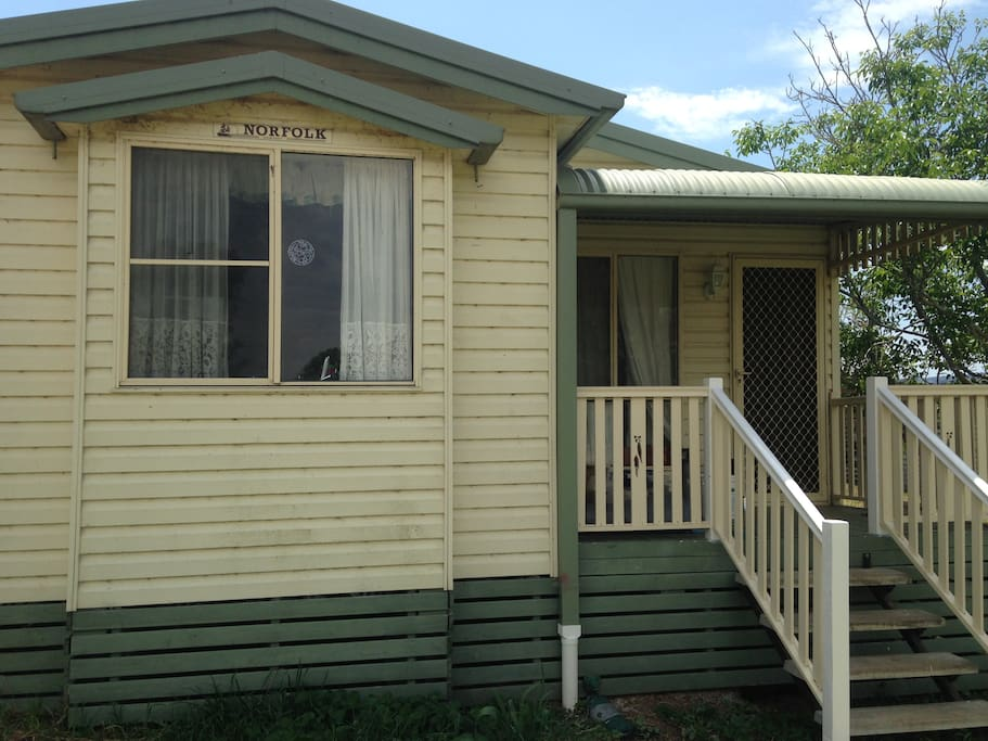 2 Bedroom Self Contained Cottage