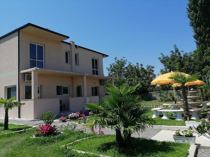 Hotel EDEN Velipoje ALBANIA Independent entrance 1