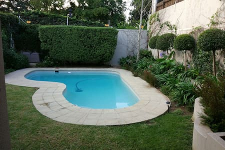 Private Secure Cottage - Randburg