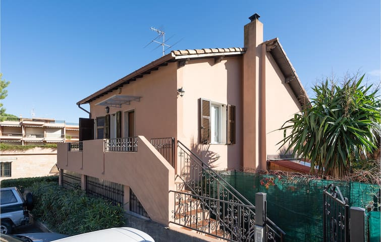 Semi-Detached with 2 bedrooms on 65m² in Sanremo