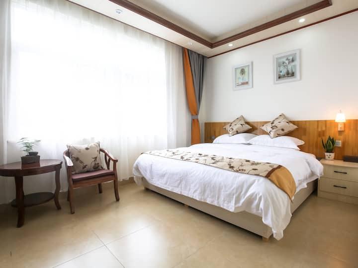 桂林阳朔云涧民宿酒店很有家的感觉豪华大床房