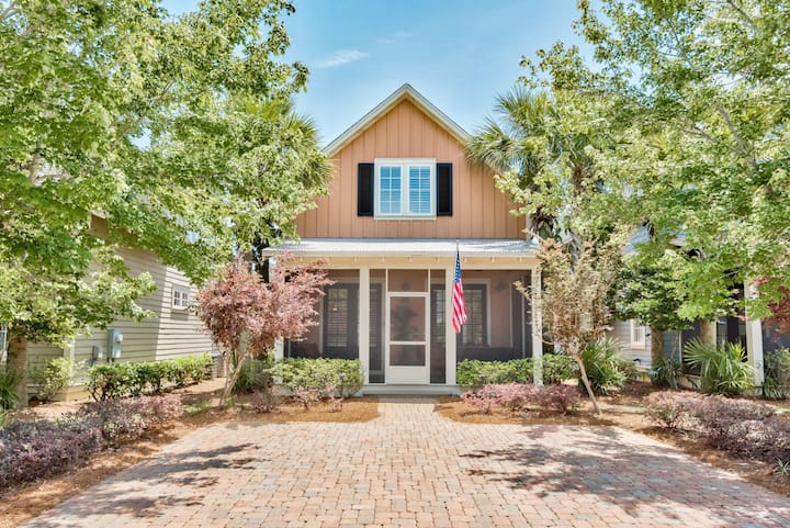 Newly Renovated Sandestin Home~Perfect for Families & Golf Groups~Golf Cart Included!