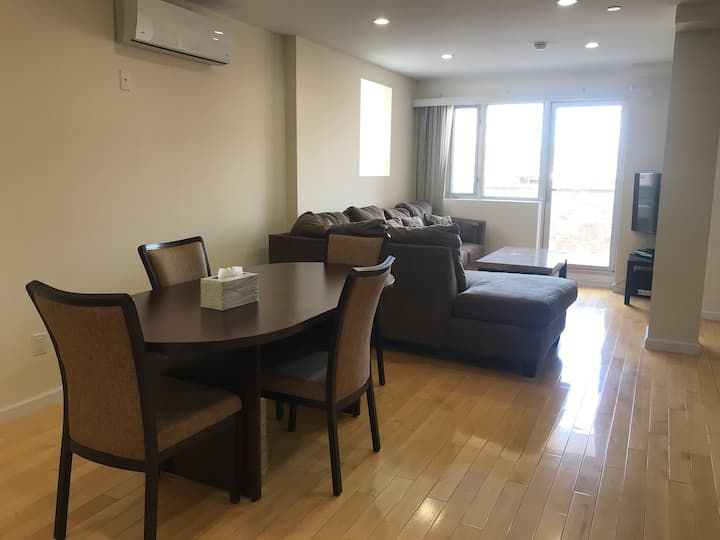Gorgeous 2 BR 2 BA Condo in Flushing Chinatown