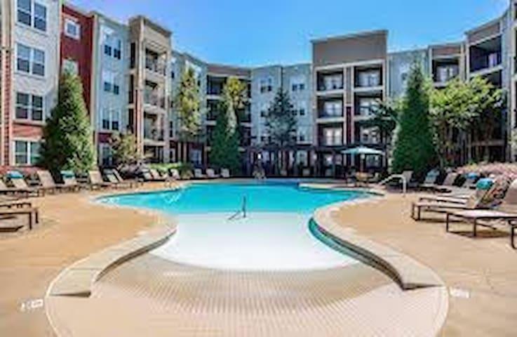 Luxury apartment in west midtown atlanta