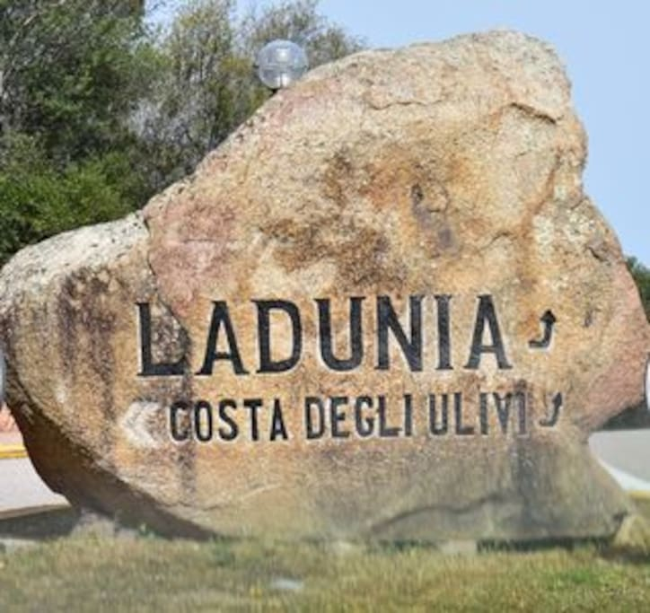 WELCOME IN LADUNIA