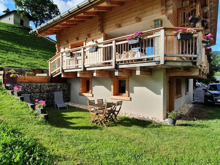 Appartement dans maison individuelle à la montagne