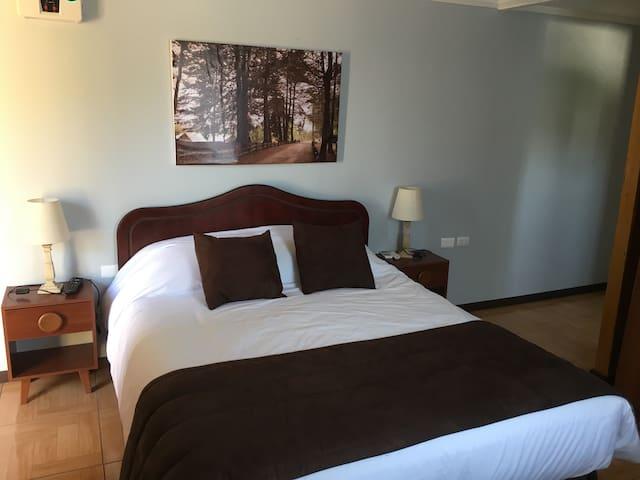 Romántico hotel de Turismo con un rico Restoran