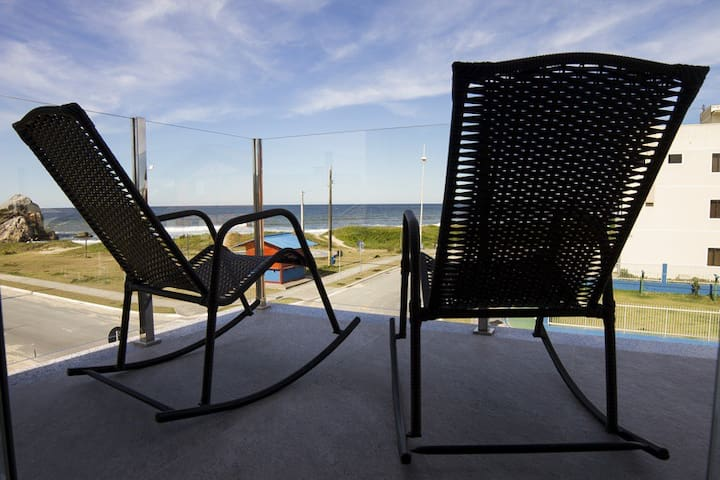 Stunning beachfront vacation rental townhouse - São Francisco do Sul - Reihenhaus