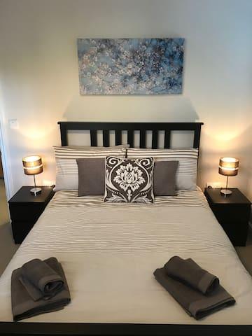 Quarters - Skimmingdish Apartment