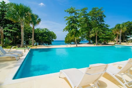Villa Nirvana: Your luxury home away from home