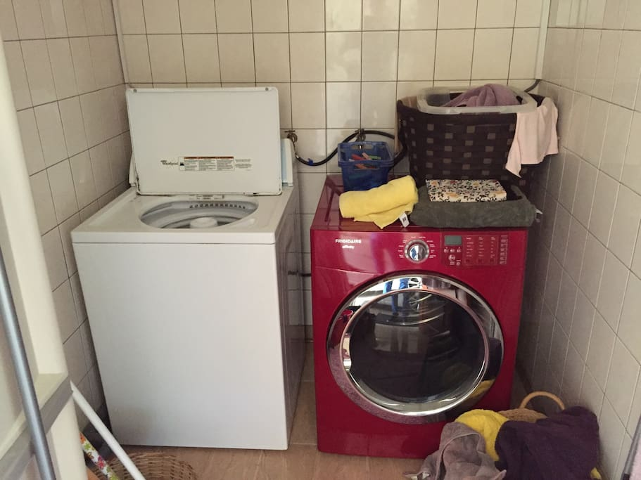 Washing room with Dryer