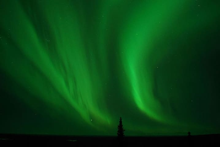 Enjoy unobstructed views of the Northern Lights (Aurora Borealis)!