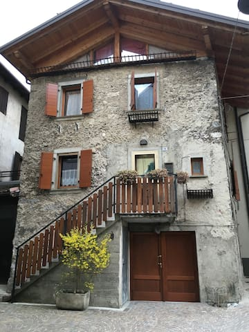 Casa indipendente per vacanze - Molina di Ledro - Casa