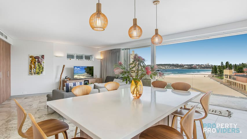 PROS - On The Beach Luxury Retreat on Manly Beach