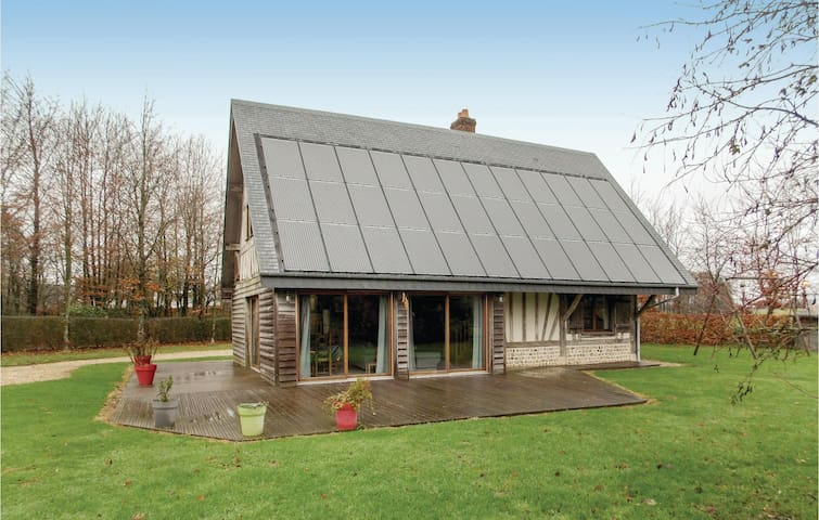 Holiday cottage with 3 bedrooms on 120m² in Hattenville