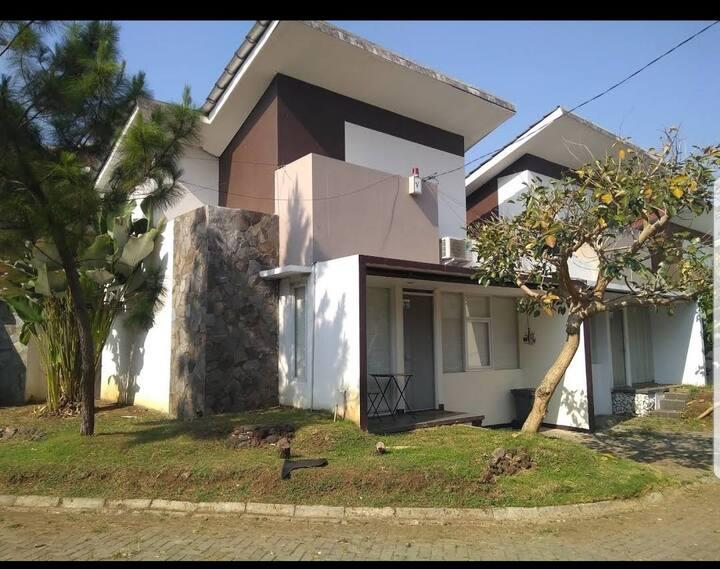 GH villa Garut 2 Kamar