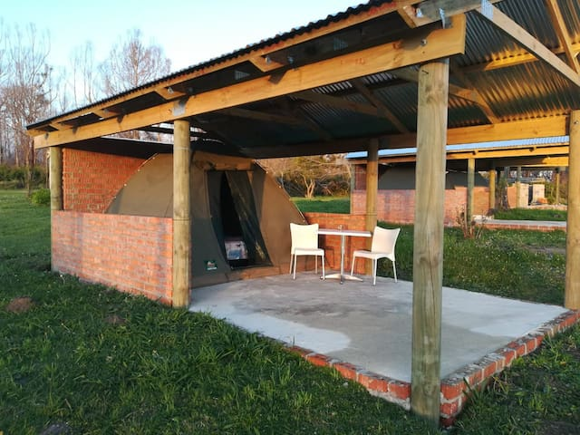 Cadeau Group Tents - 3 Tents Max 6 pax
