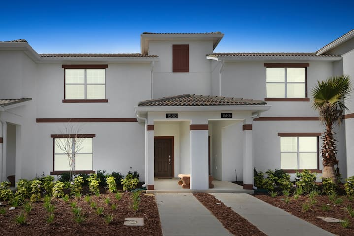1588SW-The Retreat at ChampionsGate - Four Corners - House