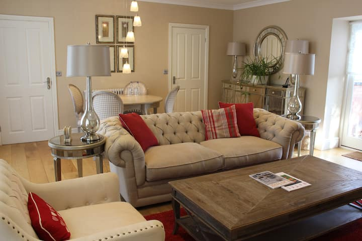 Apartment One- Rowton Hall Hotel and Spa