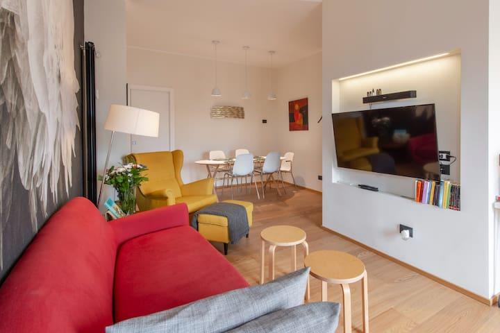 NEW designed apt•core center•skyline•view•BRERA