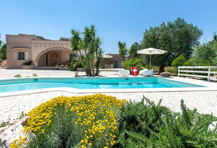 374 Trullo with Pool in Casarano