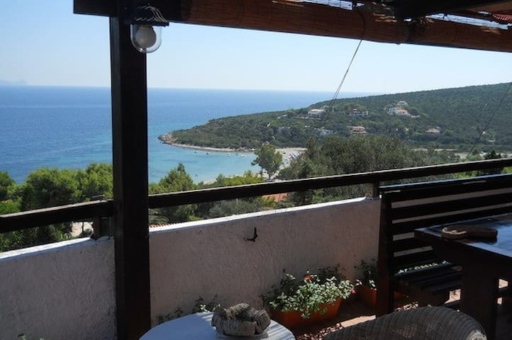 Panoramic flat 300 mt from the beach - Sant'Antioco - Apartment