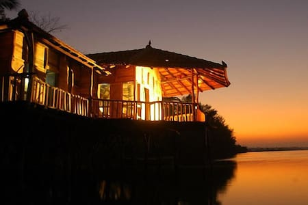 Kundapura Homestay: Backwater Stilt House