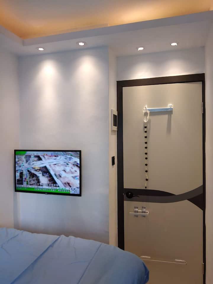 屯門市中心獨立套房D房❤ Tuen Mun Town Plaza Block 4❤ RoomD